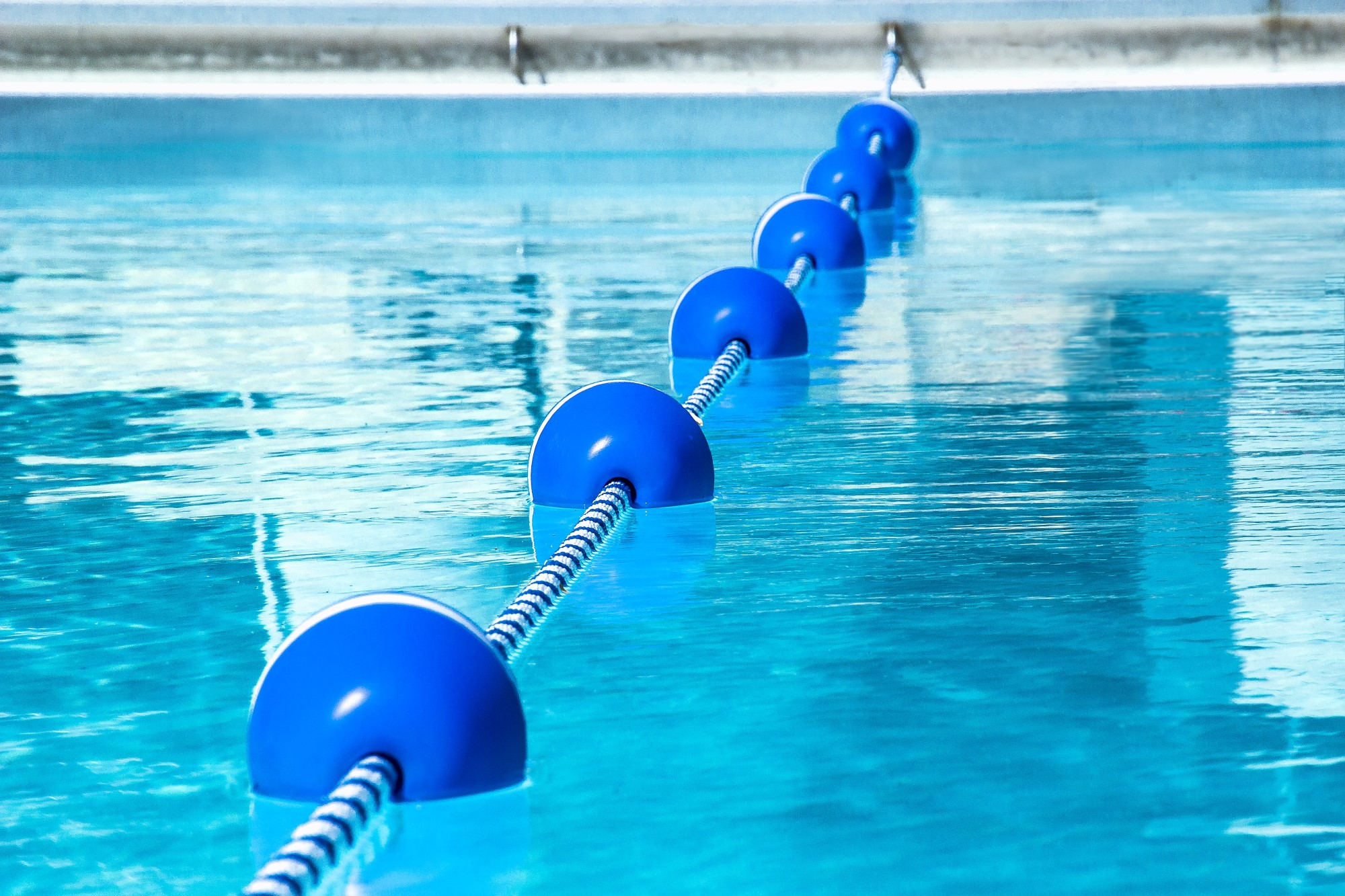 swimming pool rope floats